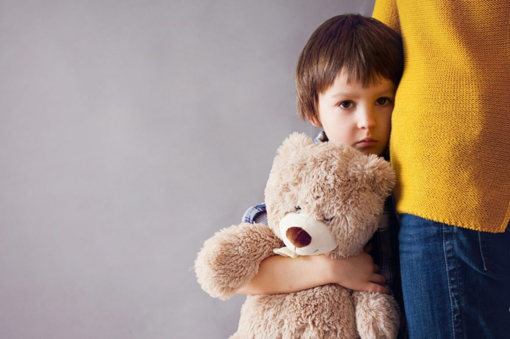 the explanation of permanence in children through experimental child psychology Perform the same actions and have the same qualifications as a psychologists but they are able to prescribe drugs and their patients usually have physical and mental problems.