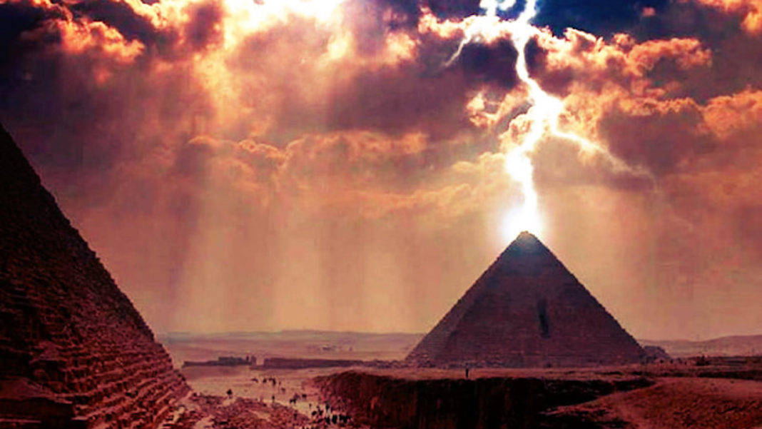 Were The Great Pyramids Once Used to Transmit Energy?